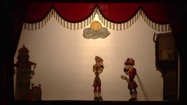 Турецкий кукольный театр теней карагёз