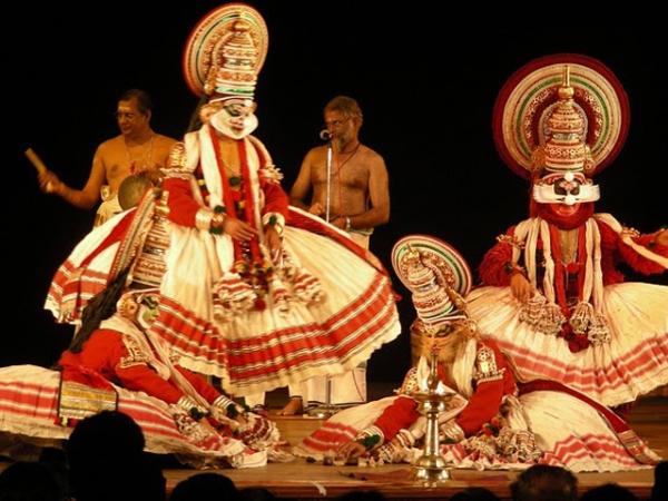 Катхакали - эпический танец индийского штата Керала