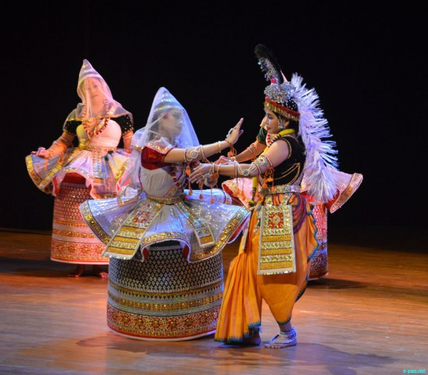 Танцы манипури