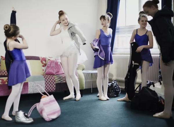 Что нужно класть в сумку перед посещением занятия танцами