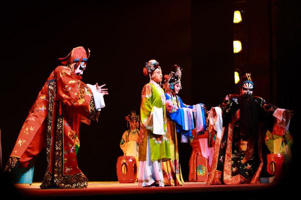 Юаньская драма ца-чу