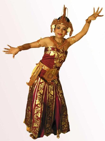 Танцы на Бали