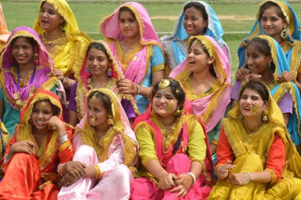 Народные танцы в Бангладеше