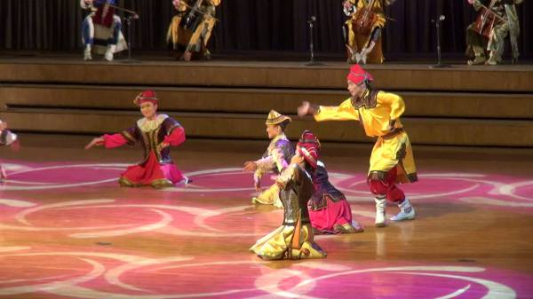 Biyelgee - классика монгольского танца
