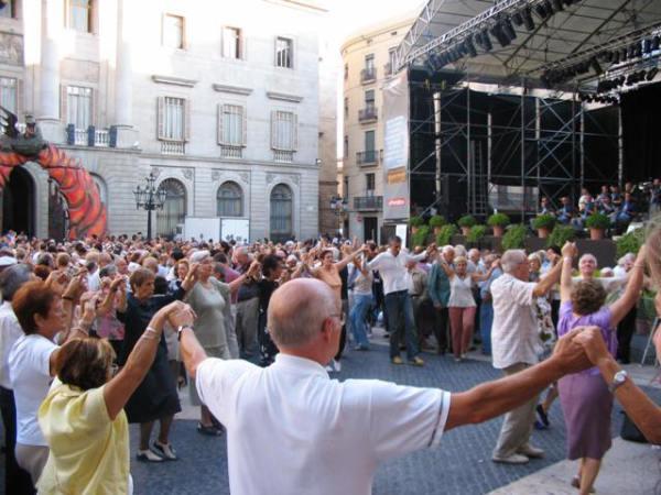 Каталонский танец сардана