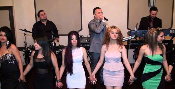 Ассирийский свадебный танец кхигга