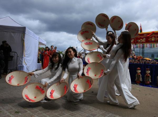 Вьетнамские танцы