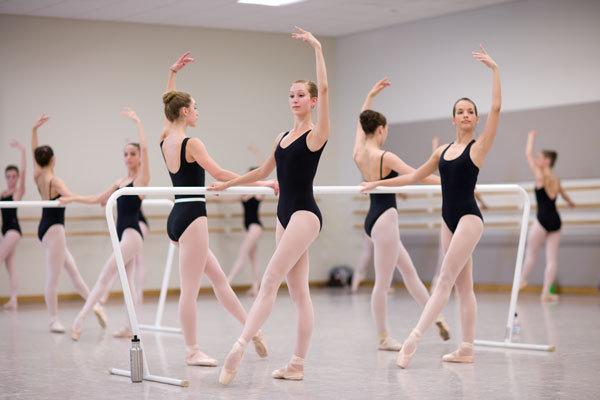 Подготовка к танцам на пуантах