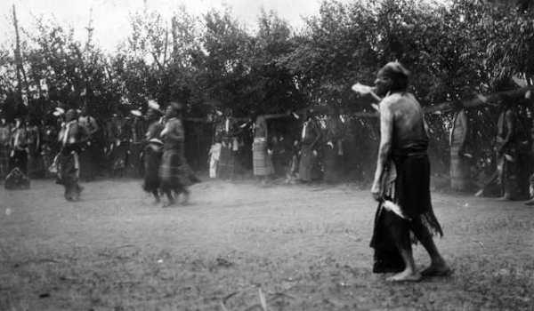 Священная и кровавая церемония индейцев - танец Солнца