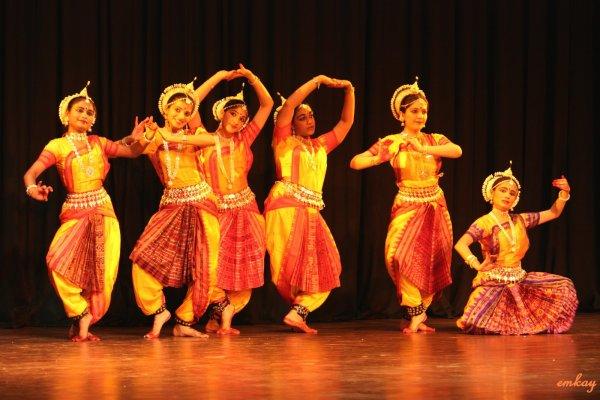 Индийский народный танец