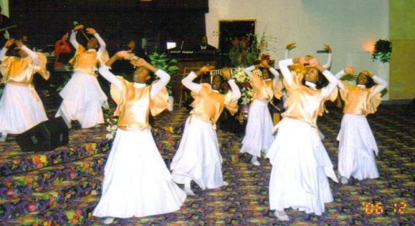 Хвалебный танец - форма поклонения