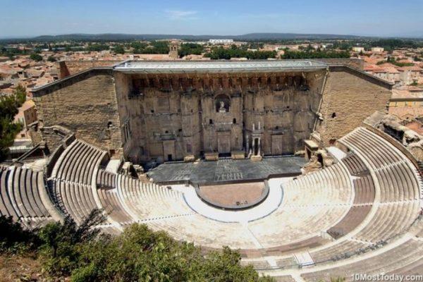 Древнеримские театры