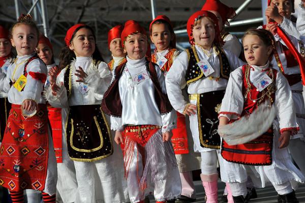 Картинки по запросу албанские танцы