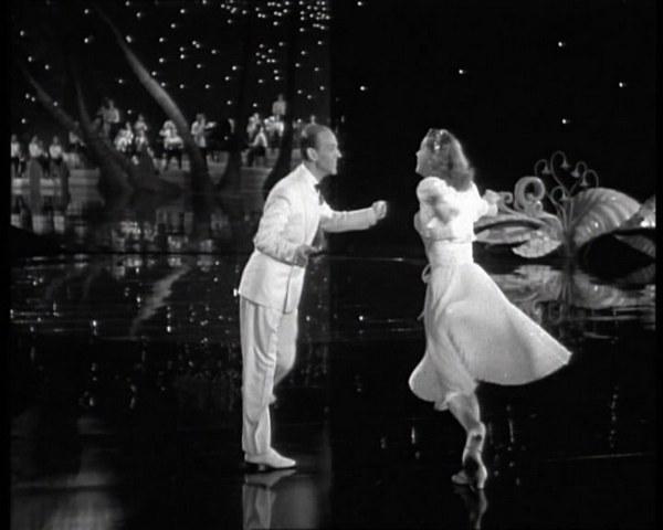 Бодрый и романтичный латиноамериканский танец