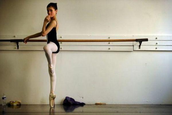 Тот самый балетный станок.