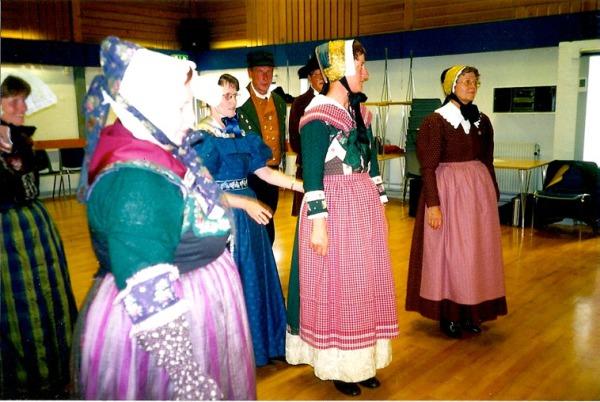 Датские народные танцы