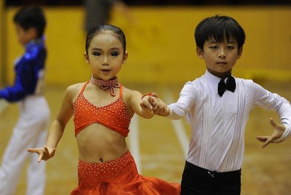 Танцевальный конкурс - праздник для детей