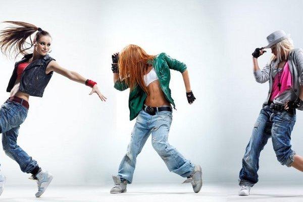 «Танцевальная лихорадка»: увлекательный онлайн сериал для любителей танцев