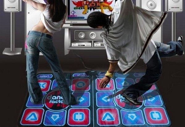 Танцевальные симуляторы и ритм машины: что выбрать.