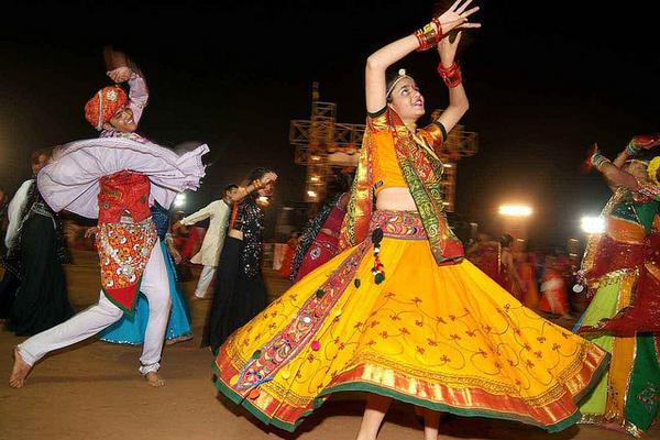 Индийские танцы - дандия
