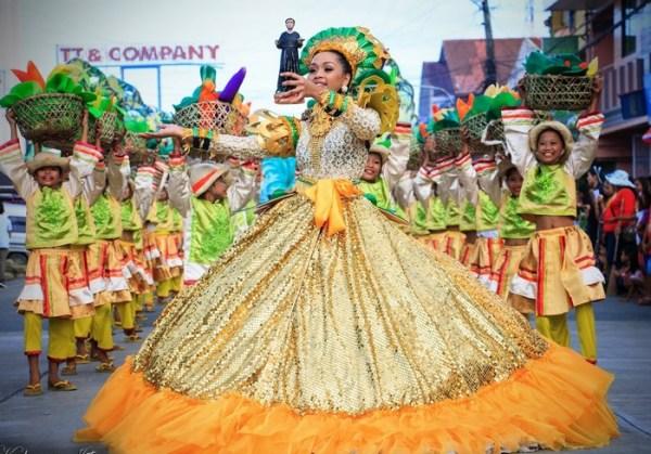 Танцевальный слот Festival Queens: Танцуют все!