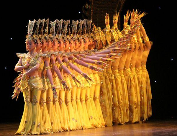 Удивительная хореография востока