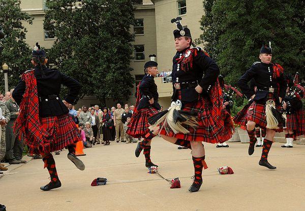 Танец с шотландских высокогорий