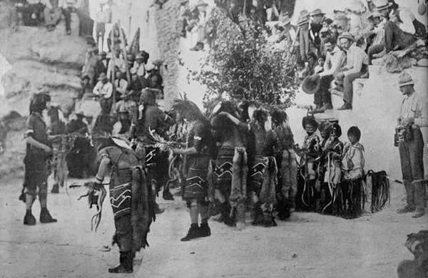 Традиционные танцы индейского народа хопи