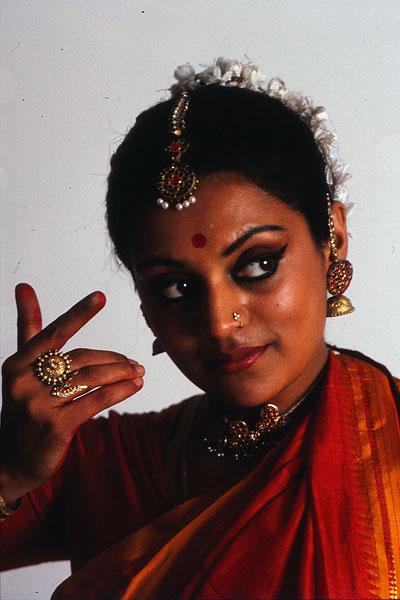 Многие из сольных танцевальных стилей подразумевают только базовый макияж