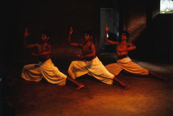 Мохиниаттам - танец мягкого, женского стиля ласья