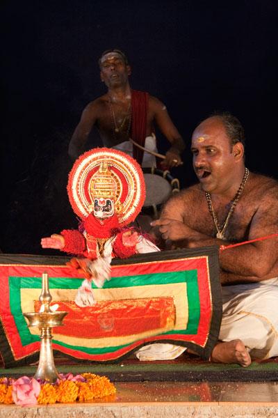 Павакатхакали - театра кукол-перчаток, имитирующий выступления катхакали