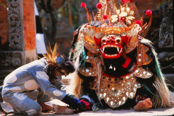 Баронг - мистический защитник балийских деревень
