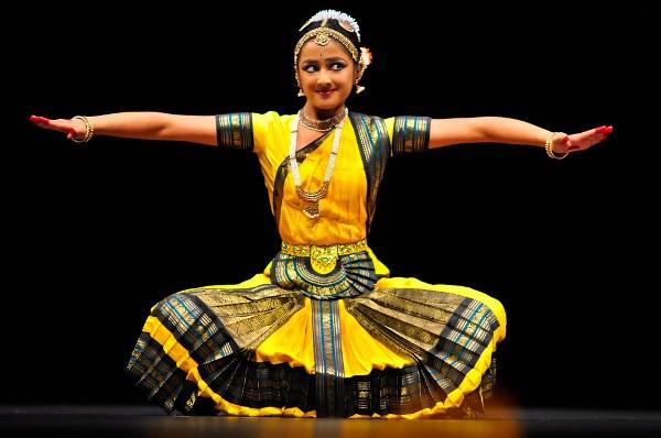 Индийский классический танец: зрелищность и техника