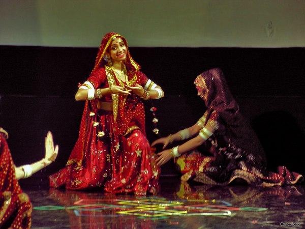 Индийский танец как вид театрального искусства