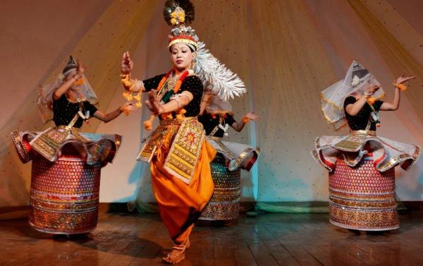 Бенгальский танец кхемта