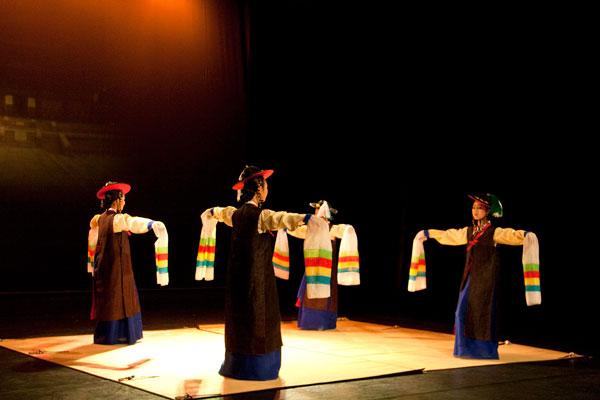 Корейские придворные танцы