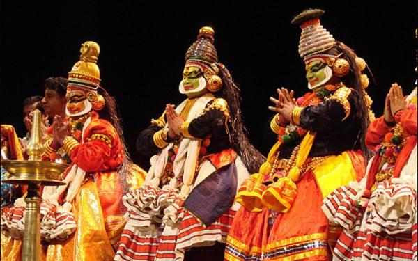 Индийская танцевальная драма кришнанаттам