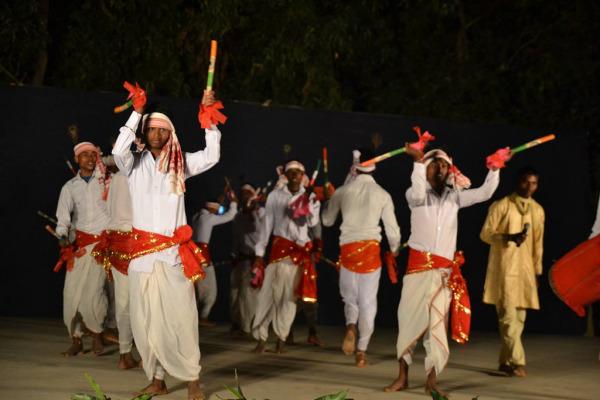 Бенгальский танец латхи