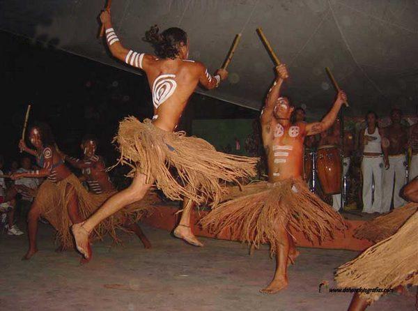 Макулеле и капоэйра - танцы братья