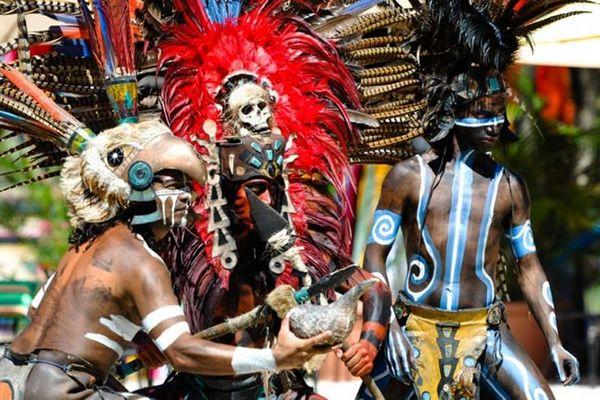 Увидительные танцы загадочного народа