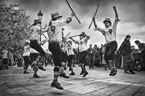 Старинный британский танец.
