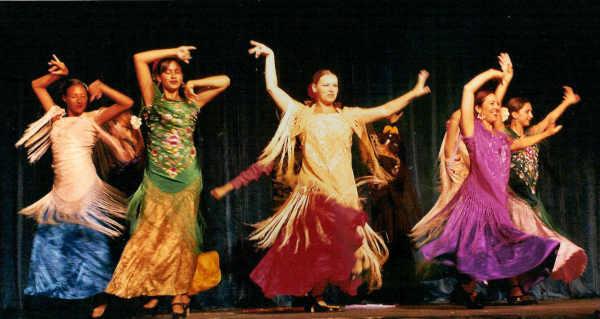 Танцы в Сингапуре