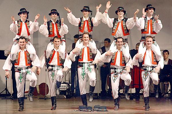 Словацкие народные танцы.