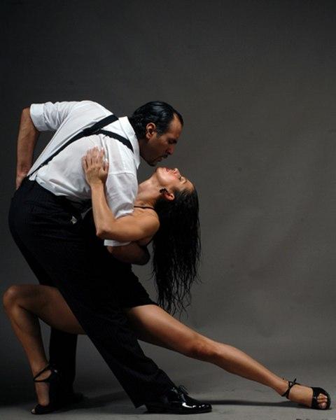 Танго - танец демократичный