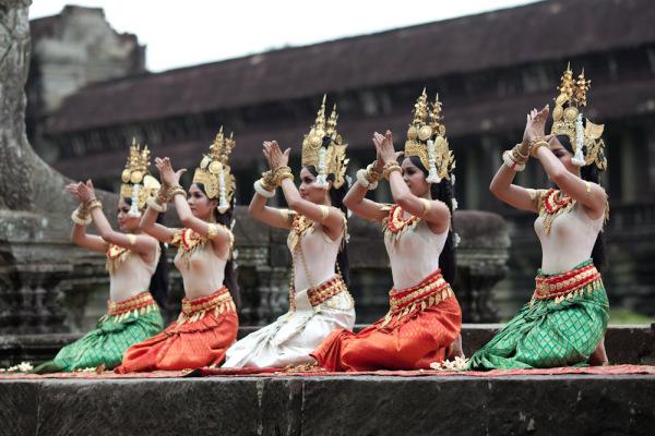 Танцы древнего Ангкора