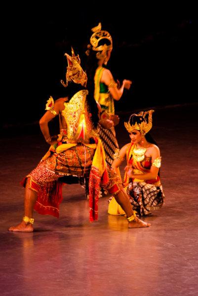 Танцы по эпосу Рамаяна