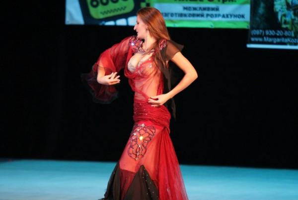 Любителям восточных танцев посвящается.