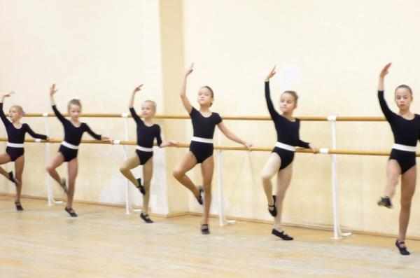 Как правильно оборудовать зал для занятий танцами