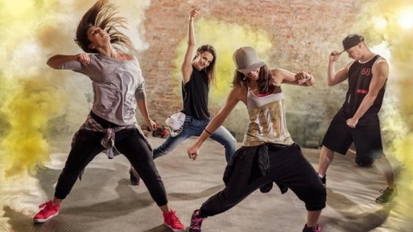 О преимуществах занятий танцами для детей и взрослых.