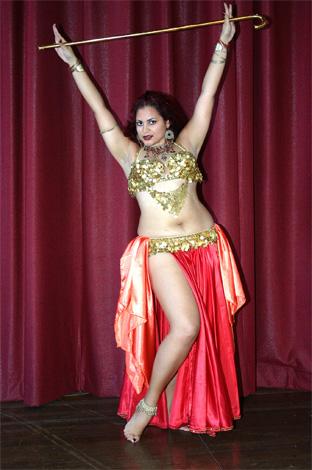 Танец живота (Belly Dance) с тростью (видео)